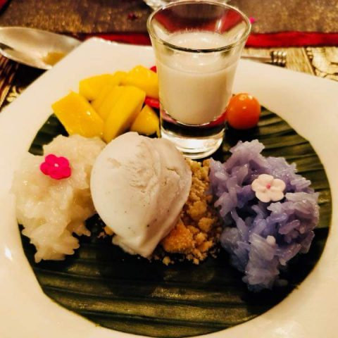 Sticky Rice Mango & Ice Cream